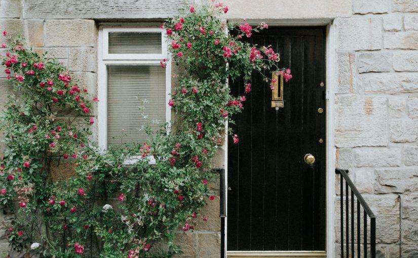 Biztonságot nyújtó bejárati ajtó